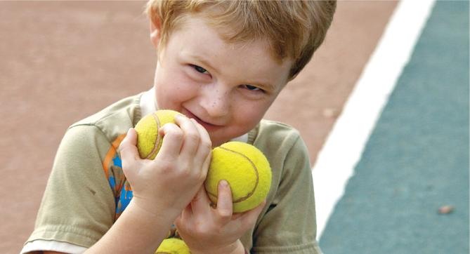 Cours de tennis pour enfant à Paris